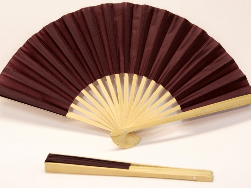 23cm Bamboo Ribs with Burgundy Silk Fan
