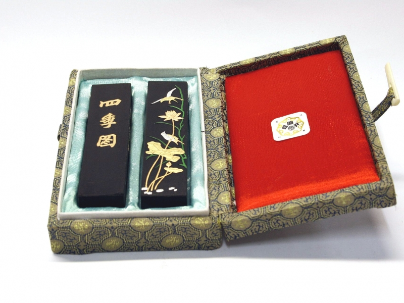 "四季圖 上海墨廠胡文開盒裝對墨 ""The Four Seasons"" Shanghai Huwenkai Black Ink Stick Set"