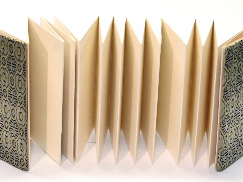 冊頁部 錦緞面 9cm Brocade Concertina Book